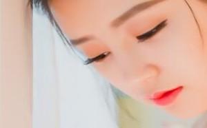 DISI私房照:稚嫩小美女红唇美艳动人