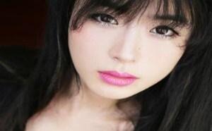 日本美女图片:美女下部百慕大好看暗沟rosi小莉无内衣