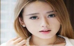 性感美女:王思聪让女友做人流了美女白内裤染红